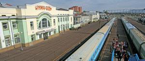Linienzug am Bahnhof von Ulan Ude